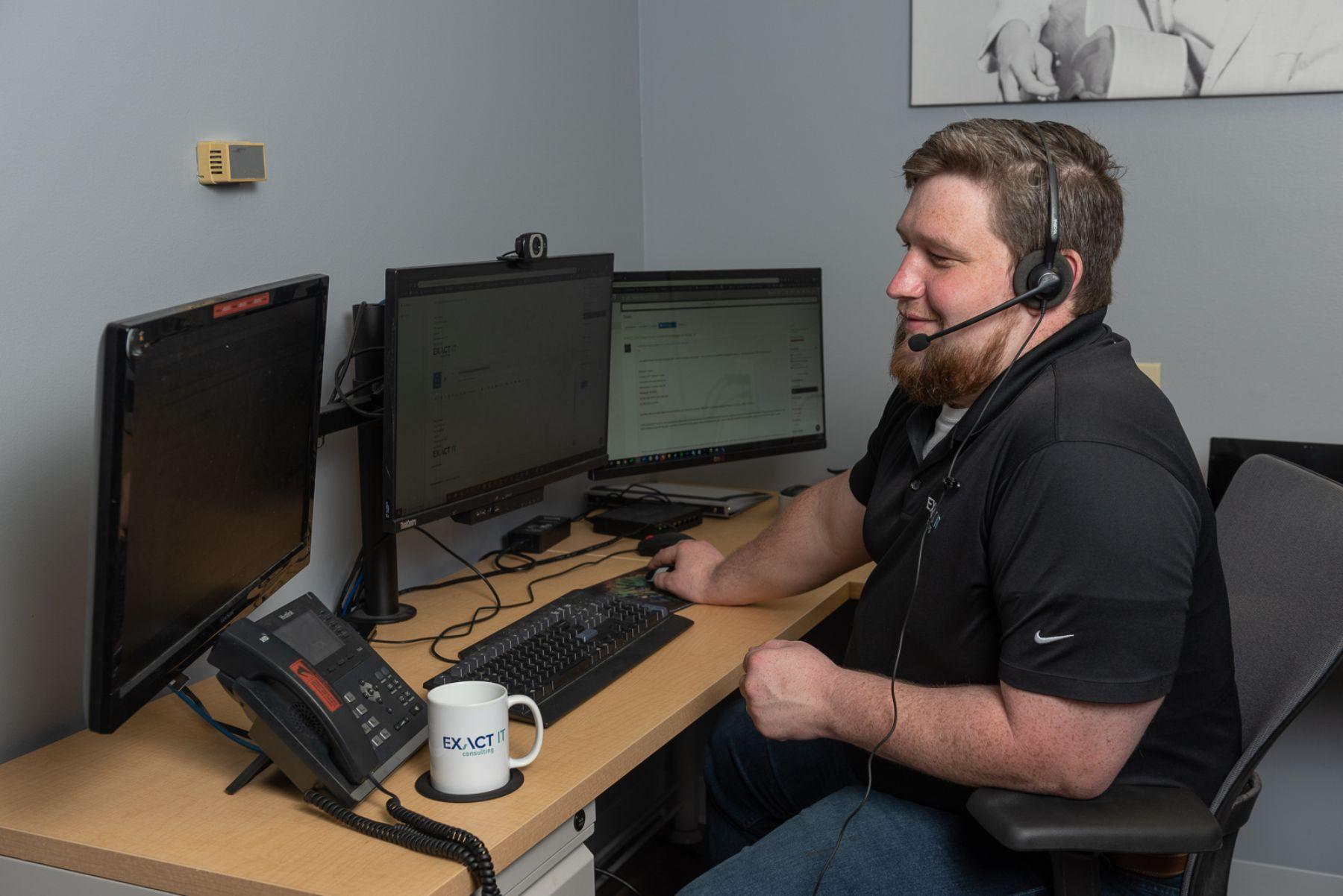Video Calls - Exact IT Employee